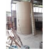 reservatórios cilíndricos para armazenar água em Itanhaém