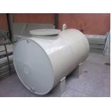 reservatório cilíndrico de água